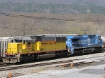 NS 8442 (EX-CR-Q 6269) and HLCX 5982, from the NB 55T