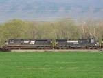 NS 2735 & 8351 on the SB V91