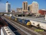 CSX 216 leads northbound train Q650