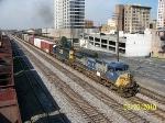 CSX 7754 leads train Q680 north
