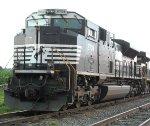 NS 2704