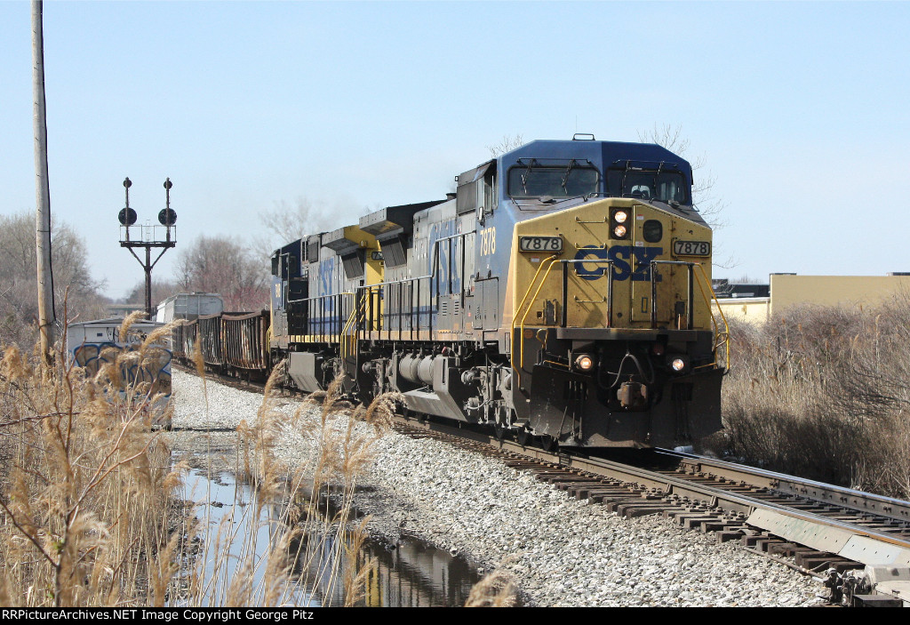 CSX 7878 at Rossville, MD