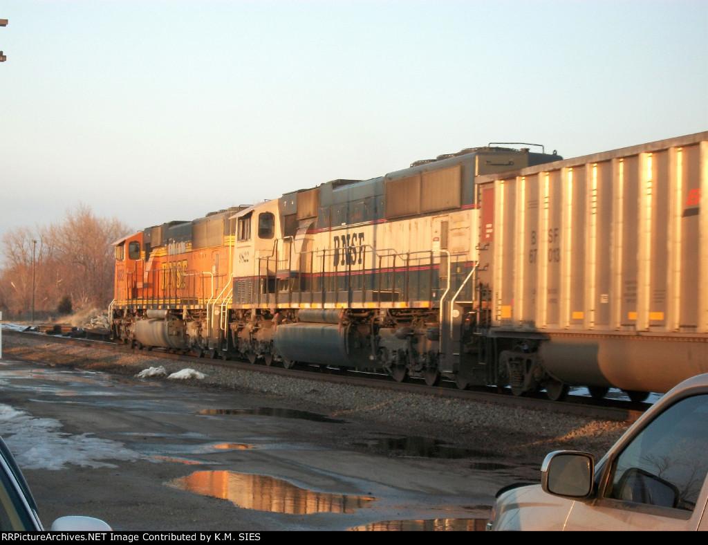 BNSF 9882 & BNSF 9822 lead empty coal