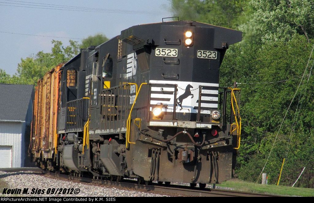 NS 3523 leads NS 946
