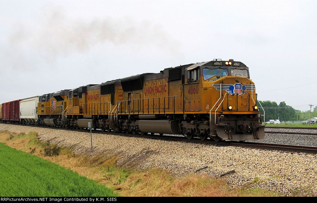 UP 4860, UP 4016, & UP 8622 lead MBNAS-28