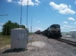 BNSF 9735 meets BNSF 5962