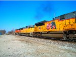 BNSF 5230, HLCX 5995, & UP 8606 lead NS 32Q