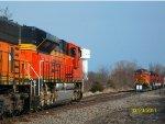 BNSF 9318 & BNSF 8922 meet BNSF 5078