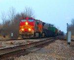 BNSF 700 & BNSF 4169 lead H-GALMAD