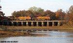 BNSF 4721 on Litchfield Bridge