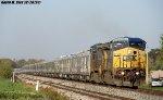 CSXT 9044 & CSXT 7661 lead P922-15 Circus Train