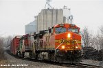 BNSF 4468, BNSF 641, & BNSF 1945 lead the H-GALMAD