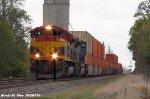 KCS 4094 & KCS 4005 lead CSXT Q106-13.
