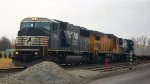 NS 6751, UP 9158, & NS 8447 lead NS 20T