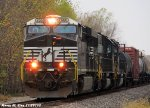 NS 7660 leads NS 302 with a NS High-hood # 3311