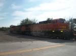 BNSF 5603 & BNSF 6252