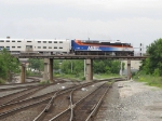 METX 412 crosses over CSX and the IHB with an outbound Rock Island train