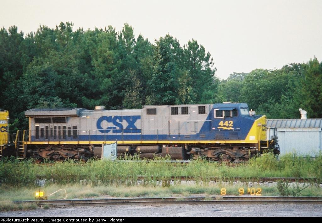 CSX C44-9W 442