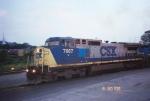 CSX C40-8W 7667