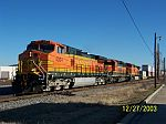 BNSF 4004 leads NS train 21K
