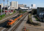 BNSF 5752 leads a empty Scherer train