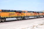 BNSF 7808 rolls west behind BNSF 6604 (ES44C4) as a 2d unit on a westbound Z.