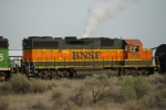 BNSF 2728 Switches the Richland Local