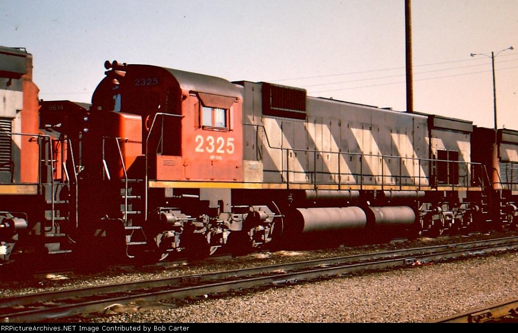 CN 2325