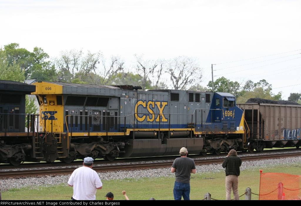 CSX 696