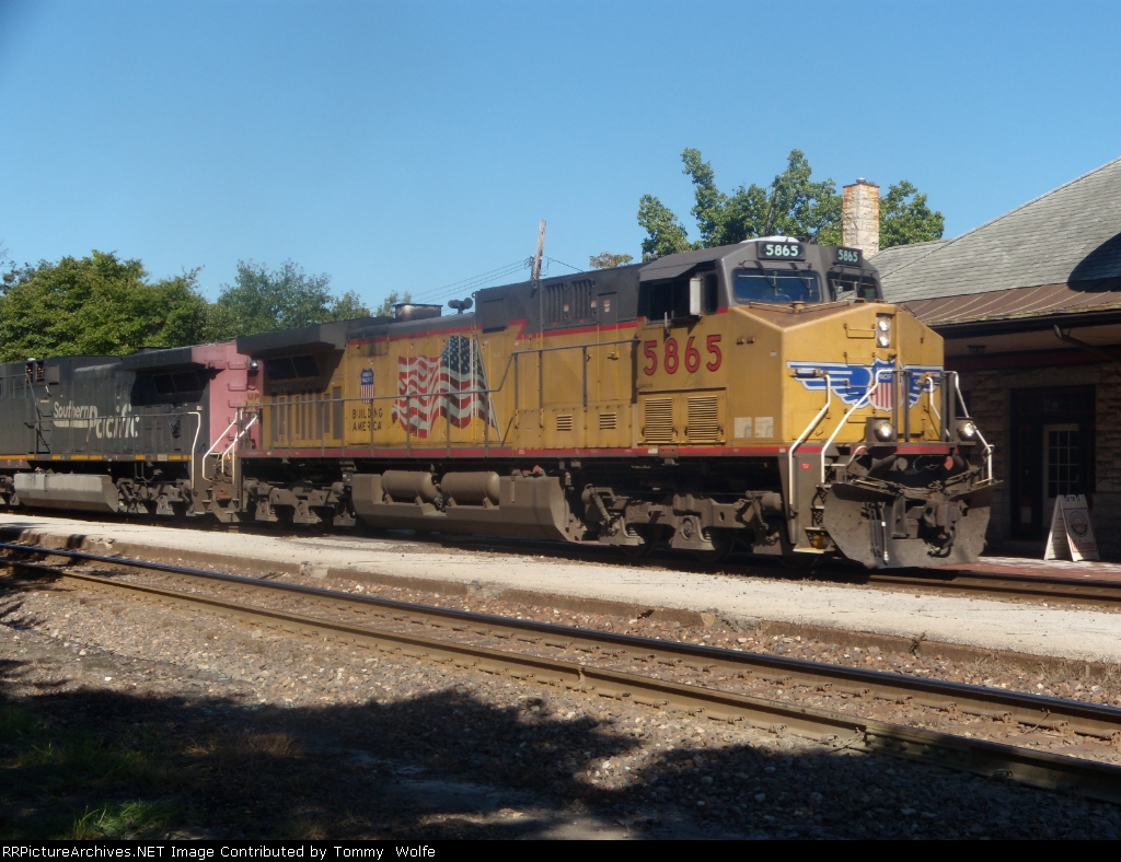 UP 5865 leads a loaded coal eastbound