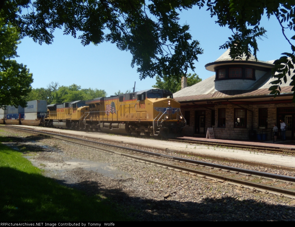 UP 7760 leads an intermodal at Kirkwood