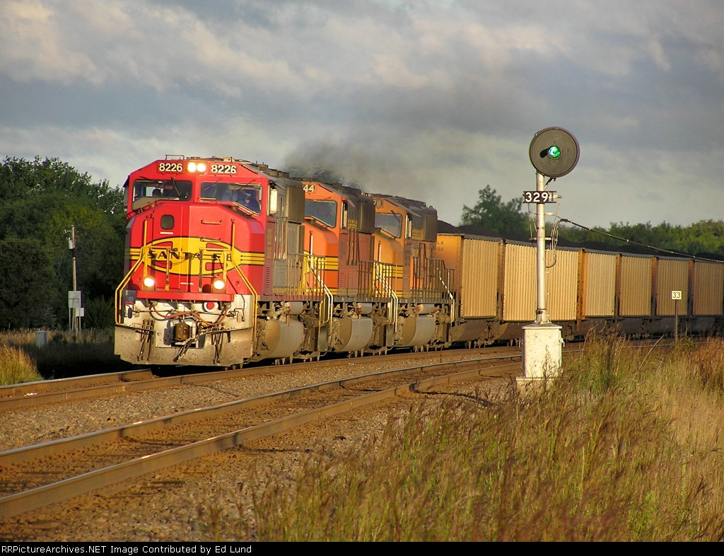 BNSF 8226