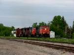 CN 520 are entering joffre yard.