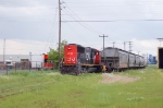 CN 502 with a 6 axles engin on the industrial park! So, habitualy, CN use 4-axles engin only