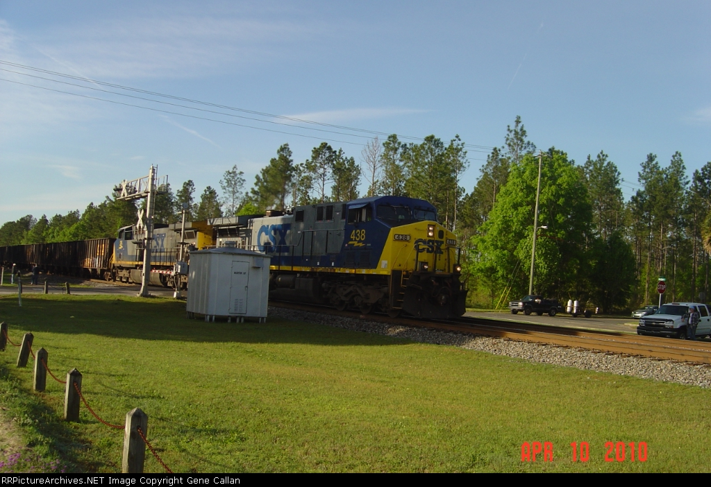 CSX 438 and 25 lead T108 Northbound