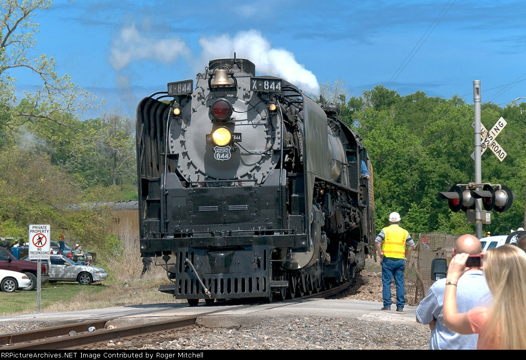 UP 844 comes off the Navasota Sub at Spring Jct Spring, TX