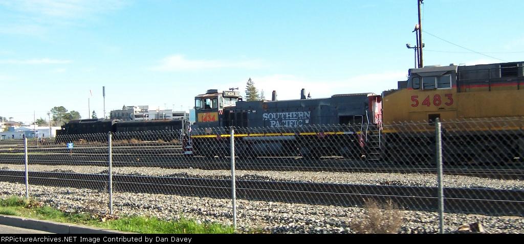UP 5483 at Roseville yard