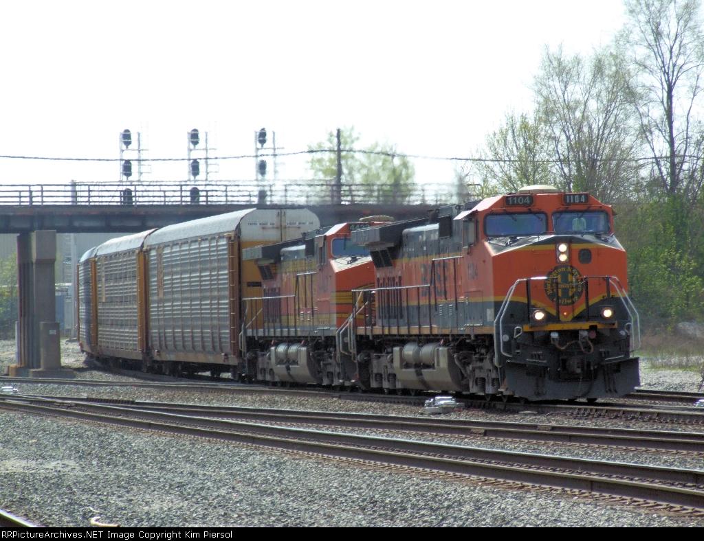 BNSF 1104