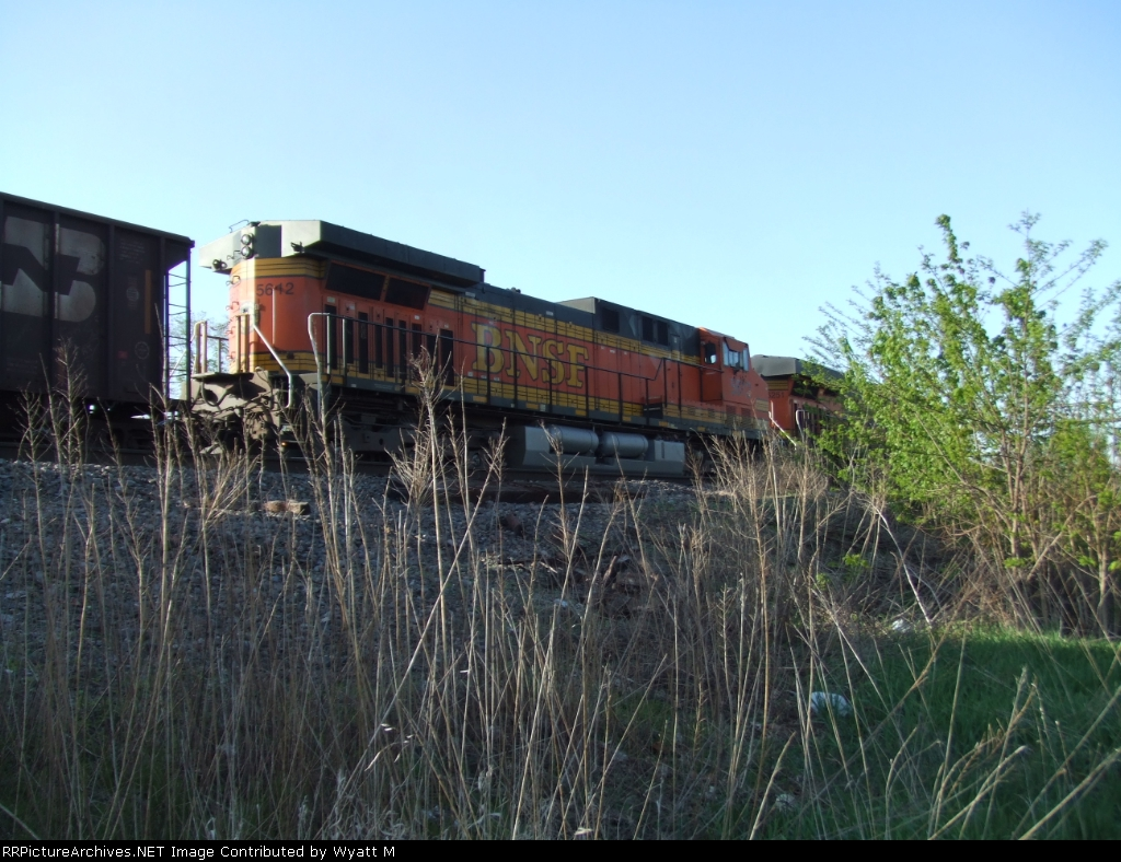BNSF 5612