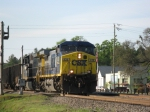 CSXT 438 leads today's E108 northbound