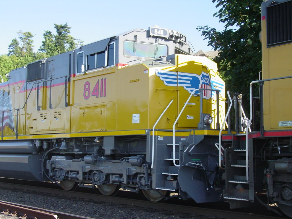 UP SD70ACe 8411