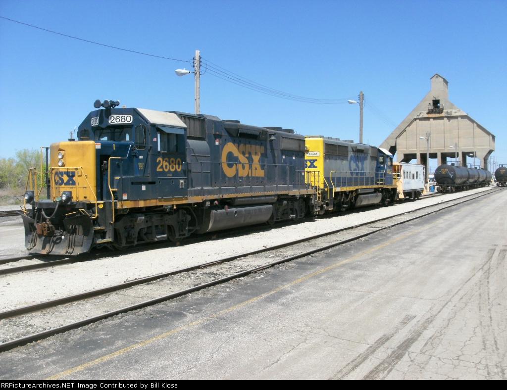 CSX 2680 & 4432