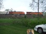 BNSF 5865 and 5748