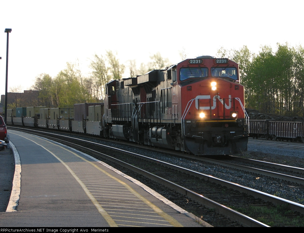 CN 2231 at Cobourg.