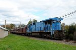 NHIR C39-8 8202 on the Fall Foliage train