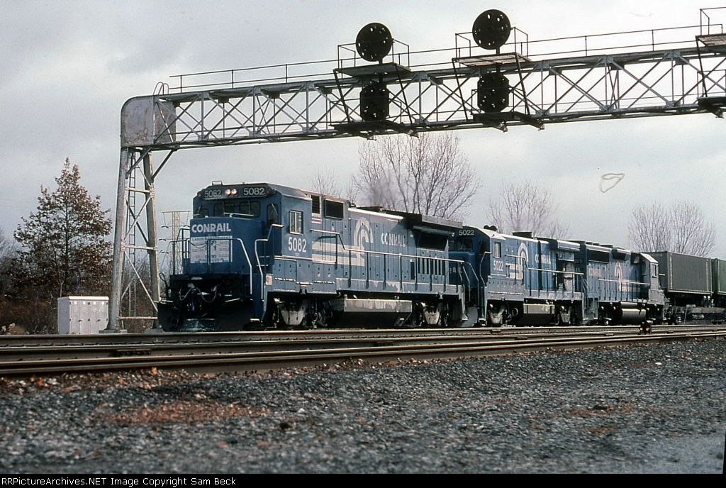 CR 5082 and 5022 with Trailvans