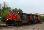 CN 2604 leads 502 around the Chicago Wye
