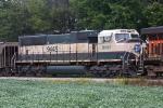 BNSF 9445 on WE 320