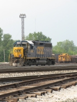 6066 sits at the west end near C&O 3318