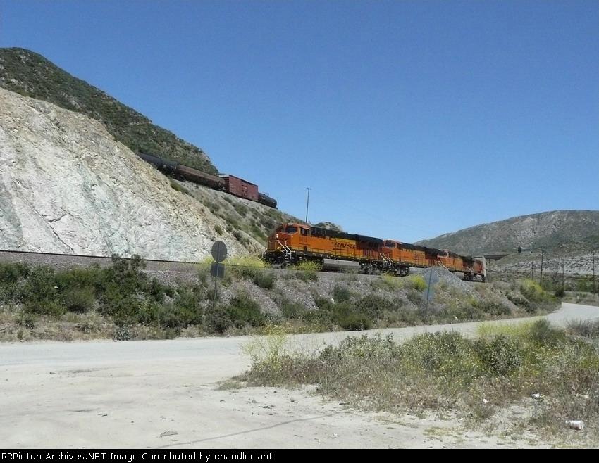 BNSF 6615  (ES44C4)